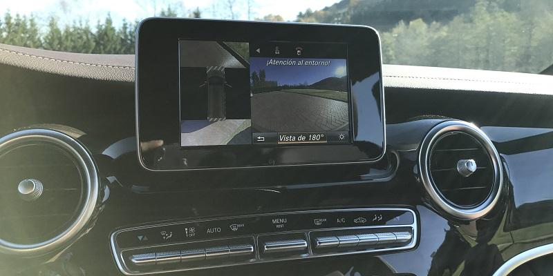 Mercedes V250d (cámara 360º)